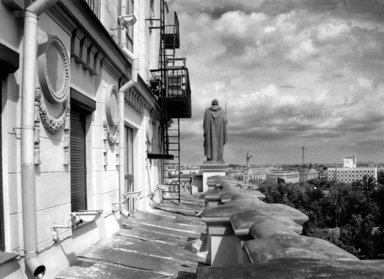 Artur Klinau Guards \ The Sun City of Dream Series